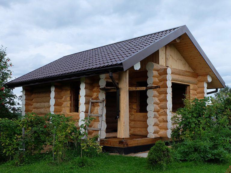"""Бревенчатая баня по проекту """"Визябож"""""""